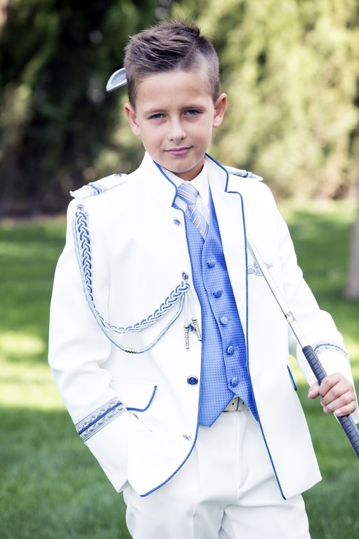 Americana para niño,traje de chico para bautizos,la mejor tienda de comuniones valladolid