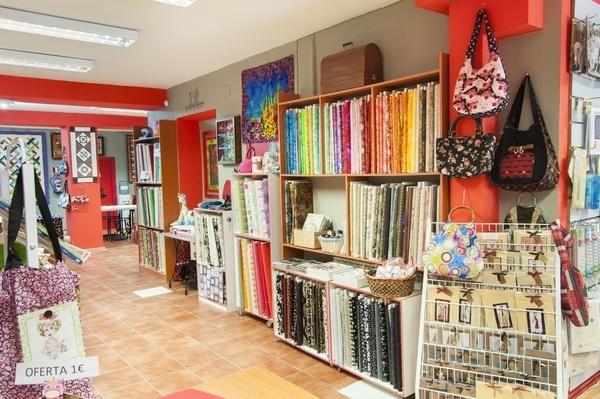 cursos de Patchwork en Valladolid,variedad de lanas,maquinas de coser centro,arreglos de maquinas
