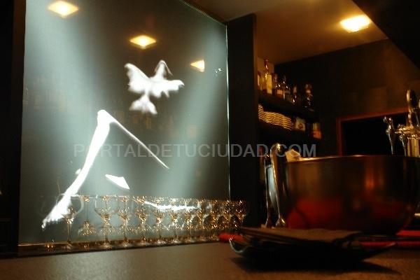 Restaurante en Valladolid la teta y la luna,cocina de autor,jon melgosa,hamburguesas,tapas