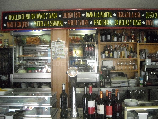 Bar Yovana y Casa de Melilla