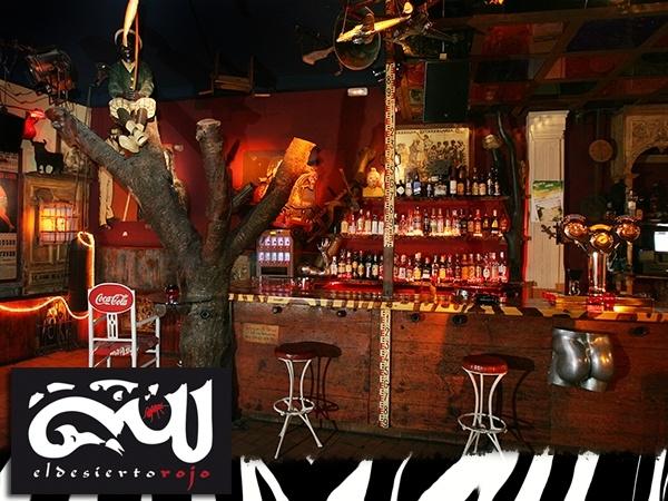 El desierto Rojo, pub en valladolid, discoteca en valladolid, bar en valladolid, plaza universidad