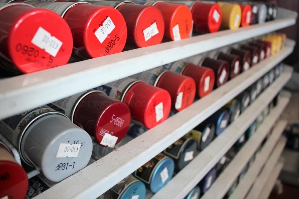 venta de pinturas,plaza circular,diseño de vinilos,brochas,material de pintores