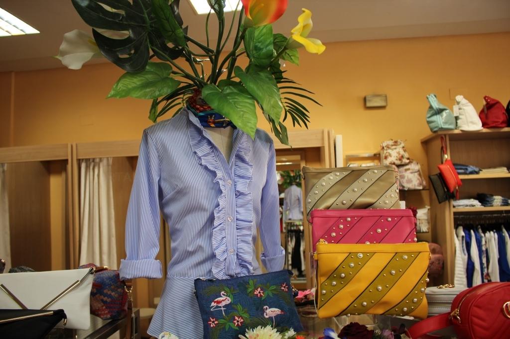 moda mujer en barrio de la victoria,complementos,relojes