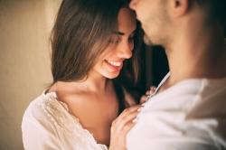 LA IMPORTANCIA DE DISFRUTAR DE UNA VIDA SEXUAL ACTIVA CON NUESTRA PAREJA
