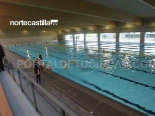 Castilla y le n ya tiene una piscina ol mpica cubierta for Piscina cubierta tomares