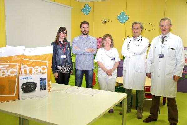FNAC Y RÍO SHOPPING HACEN POSIBLE LA DONACIÓN DE TRES REPRODUCTORES DE MÚSICA AL HOSPITAL UNIVERSITARIO RÍO HORTEGA