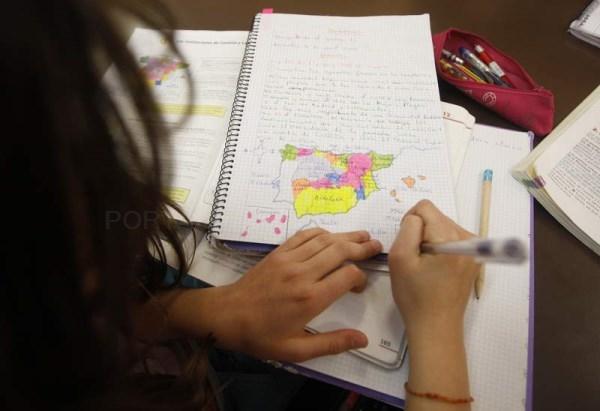 Abierto el plazo para que las familias vallisoletanas puedan pedir ayuda para material escolar