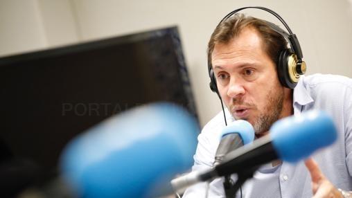 PUENTE: «NO ME SIENTO CóMODO COMO PORTAVOZ DEL PSOE»