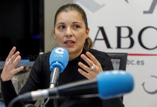 SORAYA MAYO, DURANTE LA TERTULIA COPE-ABC-F. HERAS