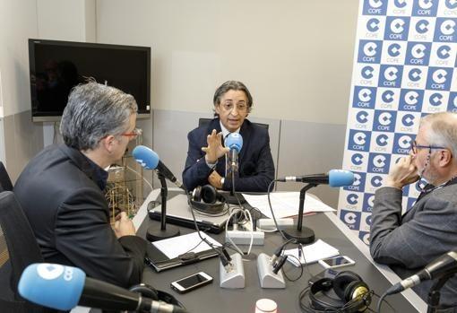EL ECONOMISTA JUAN CARLOS DE MARGARIDA, DURANTE LA TERTULIA COPE-ABC-F. HERAS