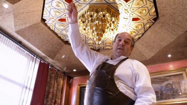 Un restaurante donde la suerte se reparte a puñados de sal