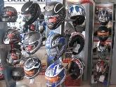 Motos, Boutiques
