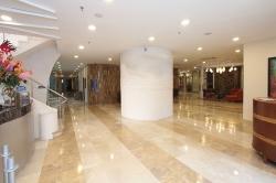 En el mes de junio aumentaron un 6% las entradas de viajeros en hoteles de Euskadi
