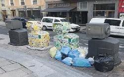 Este lunes 14 de octubre la Policía Local pone en marcha una campaña de vigilancia y control del depósito de residuos en los contenedores de la ciudad
