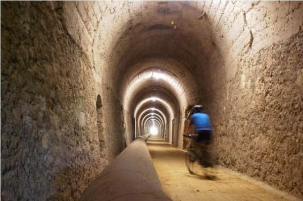 TúNEL DE CICUJANO /ARGAZKIA: ARABAPRESS.EUS
