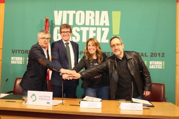 LAS ASOCIACIONES DEL COMERCIO LOCAL RECIBEN 400.000 EUROS PARA LA DINAMIZACIóN DEL SECTOR