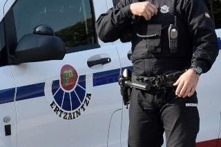 Detenido en Vitoria-Gasteiz tras amenazar con una navaja a su pareja