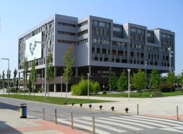 Tras un trienio de descensos, en el curso 2017-2018 aumentó el alumnado en las universidades vascas