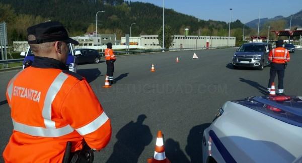 Ertzaintza y Policías Locales volverán a realizar controles para impedir desplazamientos de fin de semana