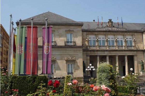 Diputación refuerza las contrataciones de personal para las residencias del IFBS