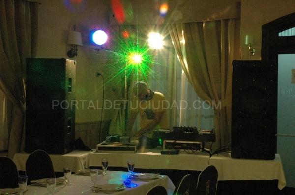 Salones de baile en Elche, Comidas y cenas de empresa, caldo con pelotas, menú típico de boda