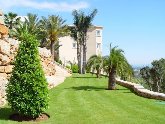 Jardineros en Crevillente, mantenimiento jardines en Crevillente, jardinería en Santa Pola,