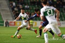Empate del Elche ante el Huesca que vuelve a perder la oportunidad de acercarse a los puestos de ascenso