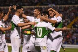 El Elche consigue la victoria en el Rico Pérez y a por otra ronda de Copa