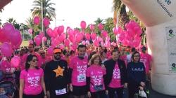 UNAS 10.000 PERSONAS TINEN DE ROSA LAS CALLES DE ELCHE EN LA CARRERA CONTRA EL CANCER DE MAMA