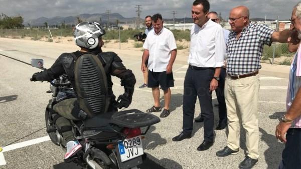 Tráfico realizará exámenes de moto en Elche a partir del lunes en una parcela cedida por el Ayuntamiento de Elche a la Asociación de Autoescuelas