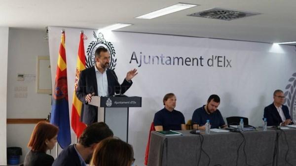 El alcalde de Elche propone un gran pacto social y político para reclamar al Gobierno central las infraestructuras que necesita el municipio