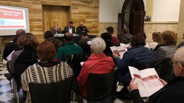 Presentados los presupuestos municipales de 2019 a las asociaciones de vecinos y a las entidades que forman parte de las juntas del Camp d'Elx