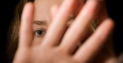 La Comunidad de Madrid presta atención psicológica por violencia de género a 197 mujeres y 155 menores