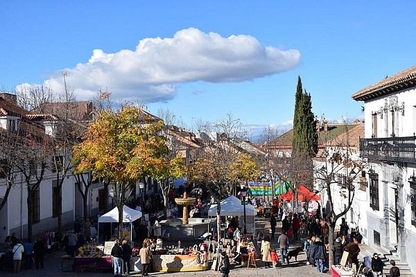 Este sábado se celebra una nueva edición del Mercado de Artesanía y Segunda Mano