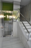 salva escalera con asiento, un ascensor en casa, ascensor para casa, elevador sencillo, ascensor