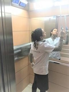 servicio de limpieza de comunidades en palma,ascensor