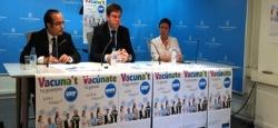 """La Consejería de Salud presenta la campaña de vacunación contra la gripe 2014-2015 """"Vacúnate, tú ganas"""" que se prolongará del 28 de octubre al 5 de di"""