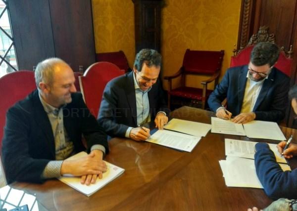Firma del convenio que permite completar la integración tarifaria entre las redes de transporte público TIB y EMT