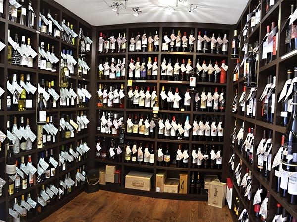 tienda vinos con denominación de origen en Baix Llobregat Cornella,