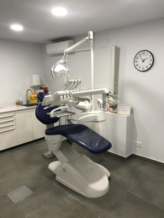 protesis dental cornella baix llobregat, estetica dental cornella baix llobregat,