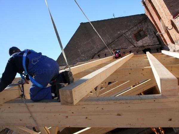 Tejados de madera y teja materiales de construcci n para for Tejados de madera bizkaia