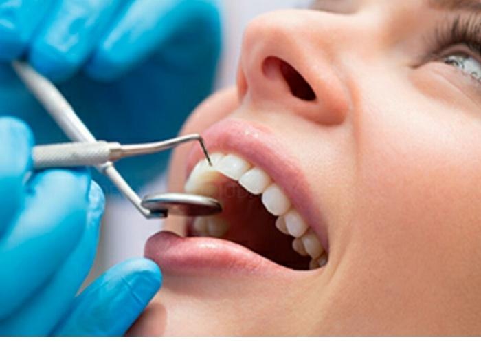 clínica dental en barrio La Torrassa Hospitalet