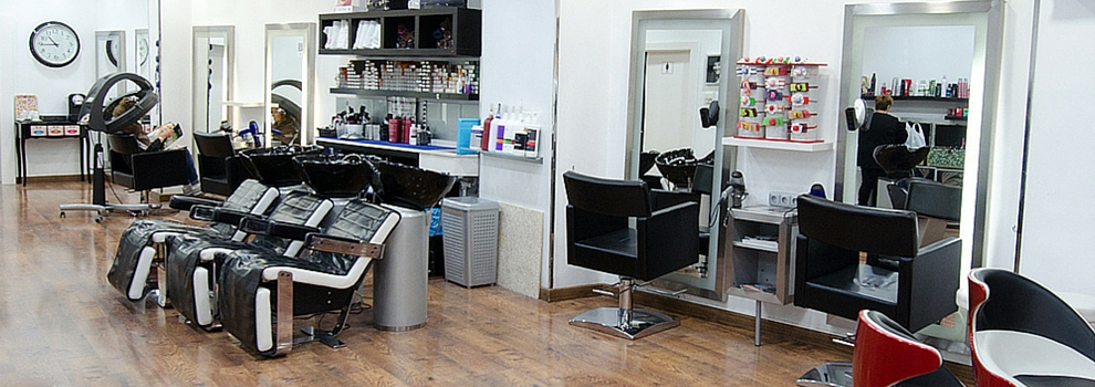 Peluquer a qu enredos peluquer as en murcia for Disenos de espejos para peluqueria