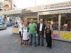 La Plaza de San Pedro acoge ya el Mercadillo Tradicional de Todos los Santos