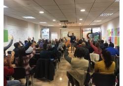 El Vivero de Empresas para Mujeres de Yecla acoge una conferencia para innovar y competir...