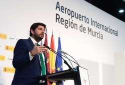 El Aeropuerto Internacional de la Región de Murcia es la plataforma definitiva para nuestro despegue turístico y económico. López Miras.