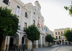 El Ayuntamiento muestra su apoyo al Día Internacional contra el Cáncer de Mama