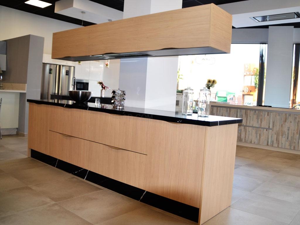 Tiendas de cocinas en sevilla good dceramica tu tienda for Cocinas alemanas sevilla