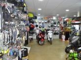 tiendas de motos en montequinto, accesorios de moto en dos hermanas,