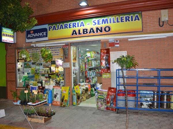 Pajarería-Semillería Albano